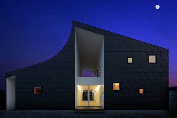 Особняк «KHT House» от японских дизайнеров.