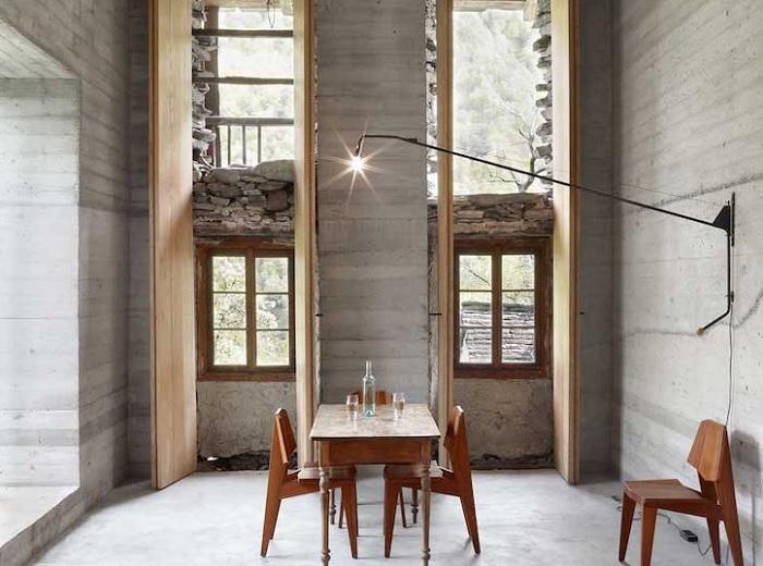 Интерьер выполнен в минималистском стиле.