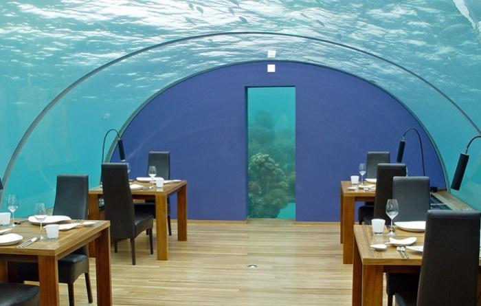 На Мальдивах откроется самый большой ресторан под водой.