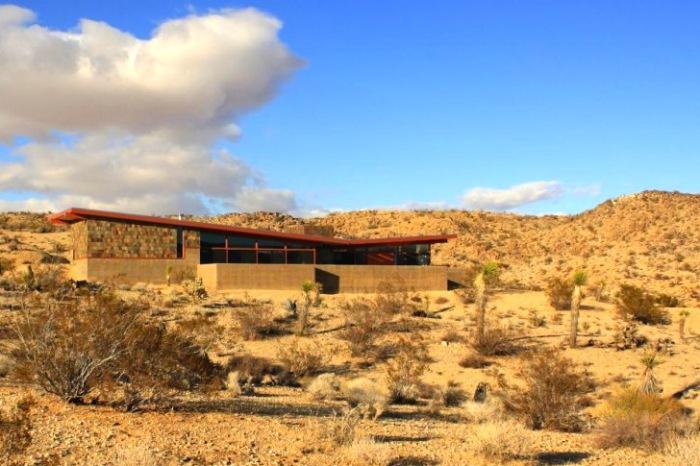 Jackrabbit Wash -дом в пустыне.