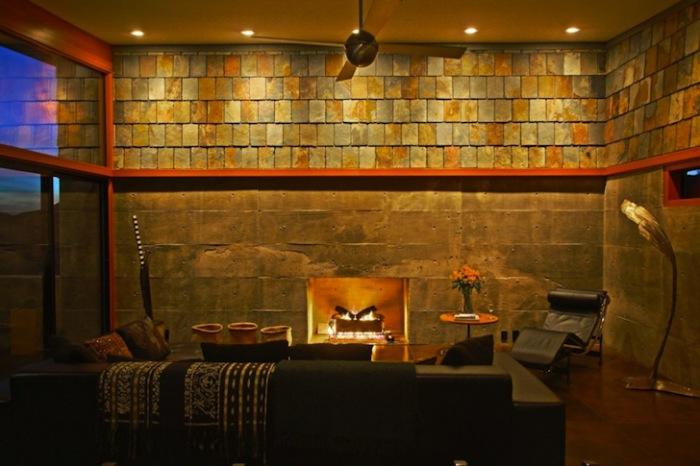 Jackrabbit Wash - дом, который строился 8 лет.