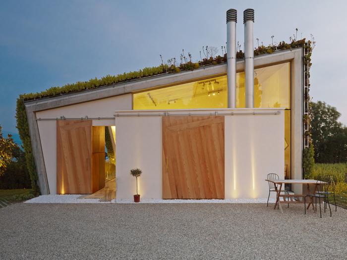 Jewel Box Villa - эко-вилла на берегу Женевского озера.
