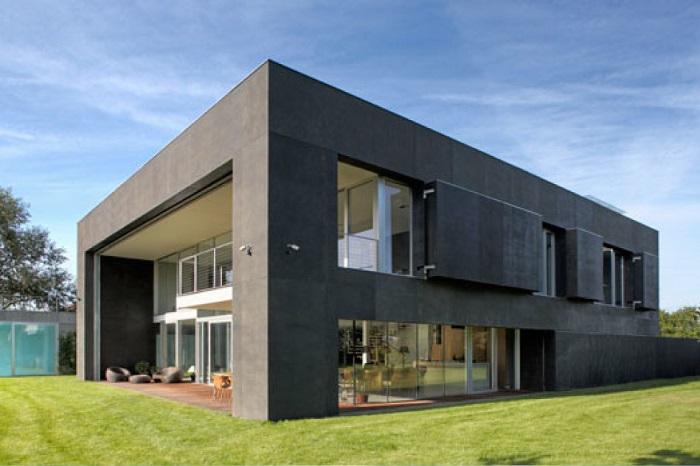 Монолитный бетонный особняк в Польше.