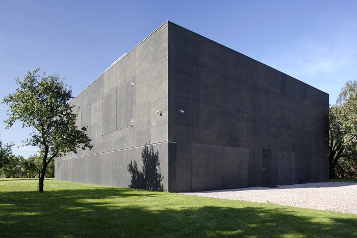 Safe House: так выглядит дом-бункер.