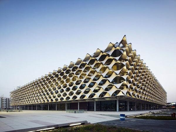Национальная библиотека в Саудовской Аравии - King Fahad National Library.