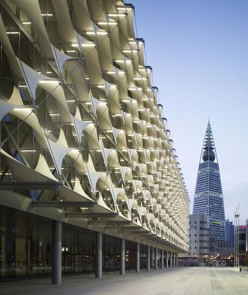 Национальная библиотека в Саудовской Аравии. Мембранная структура фасада.