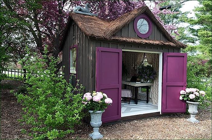 She shed - домик, переделанный из гаража.