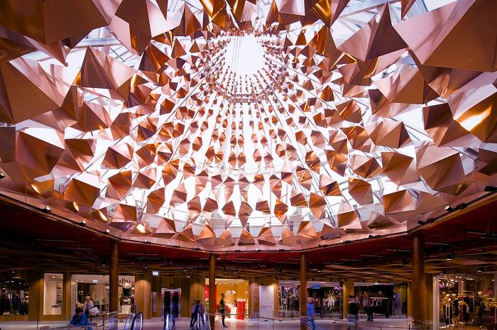 Paleet Shopping Center - реконструированный торговый центр в Осло (Норвегия).