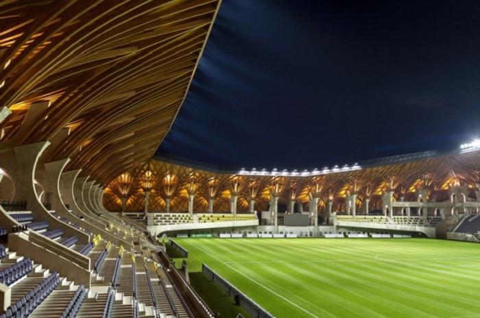 Стадион, рассчитанный всего на 3400 мест.