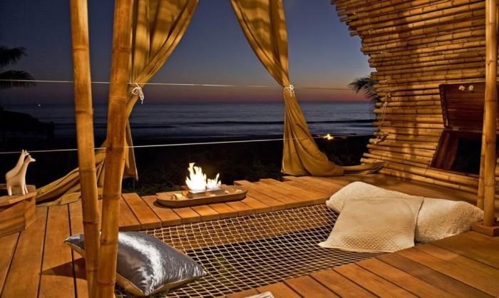 Почти то райское место для отдыха недалеко от Акапулько (Мексика).