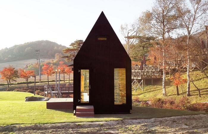 Slow Town Tiny House - модульный домик, расположенный в провинции Канвондо  (Южная Корея).