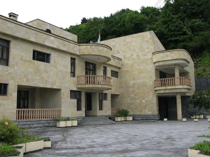 Дача Горбачева в Мюссере (Абхазия).