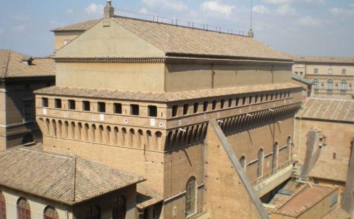 Сикстинская капелла изначально была оборонительным сооружением. | Фото: hexapolis.com.