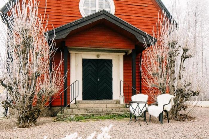Оригинальный домик из часовни, расположенный на юге Швеции.