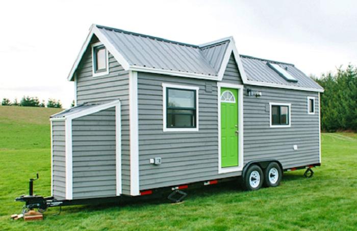 Роскошный домик на колесах от фирмы Tiny Heilroom.