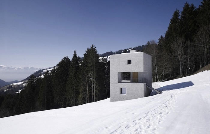 Mountain Cabin - домик в австрийских Альпах.