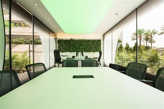 Office of the Future. Стеклопакеты со специальными светофильтрами.