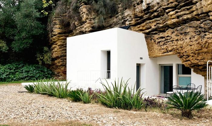 Архитекторский проект испанской студии UMMO Estudio.