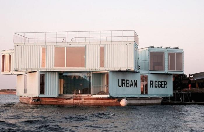 Общежитие из контейнеров.