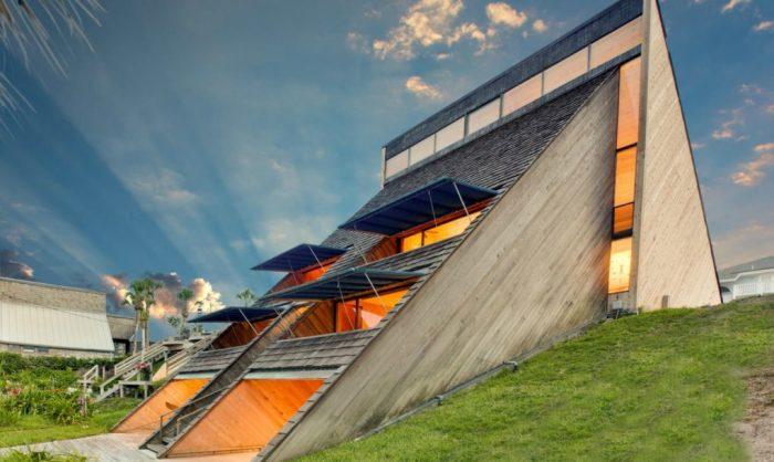 Проект архитектора Уильяма Моргана.