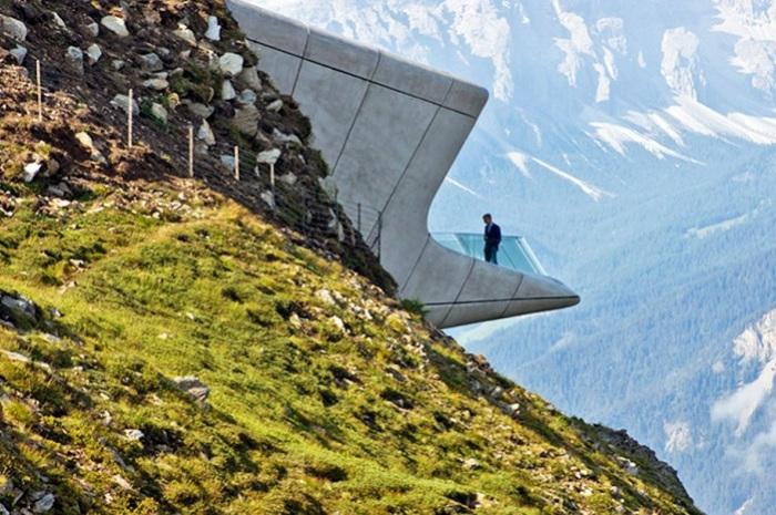 Messner Mountain Museum - музей в Доломитовых Альпах.