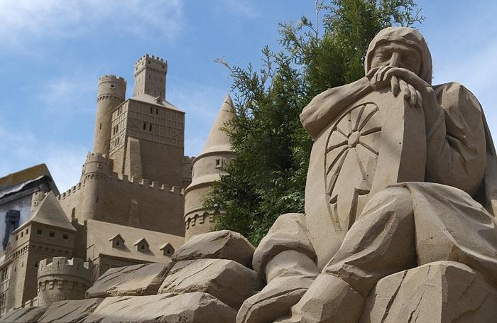SandCastle - песчаный отель в Голландии.