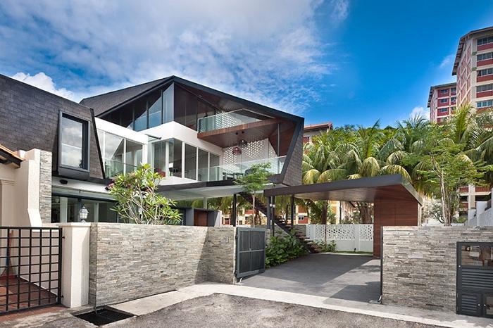 Дом с крышей-экраном в Сингапуре.