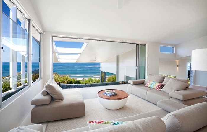The Coolum Bays Beach  House. Внутреннее оформление дома.