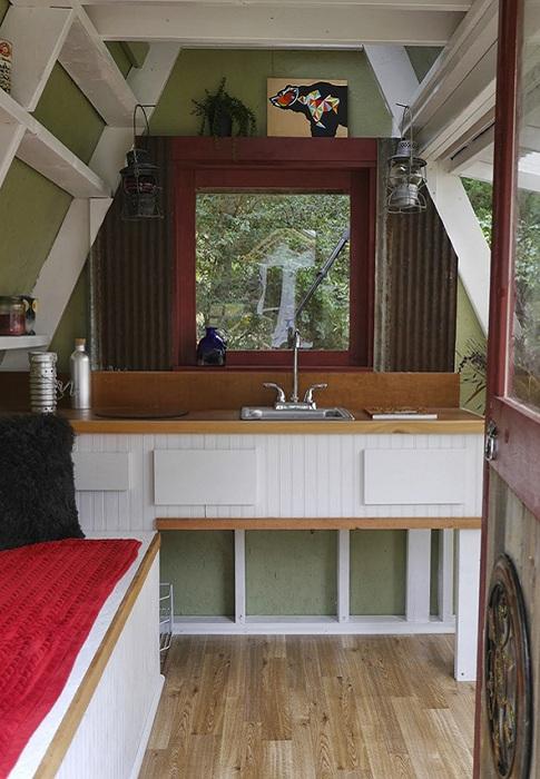 A-Frame Cabin. Интерьер.