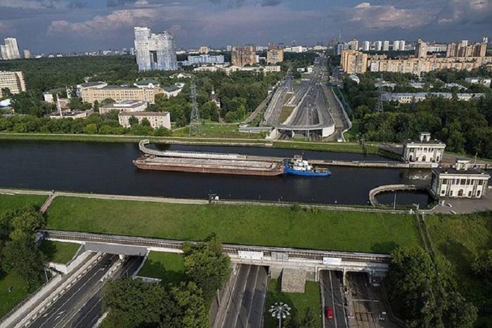 Акведук канала им. Москвы.