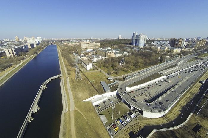 Судоходный мост над Волоколамским шоссе.