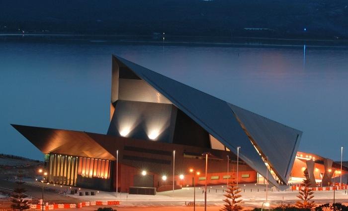 Albany Entertainment Centre - культурно-развлекательный центр в Австралии.
