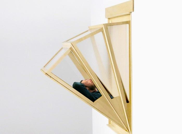 Проект окна-балкона от аргентинского архитектора Aldana Ferrer Garcia.