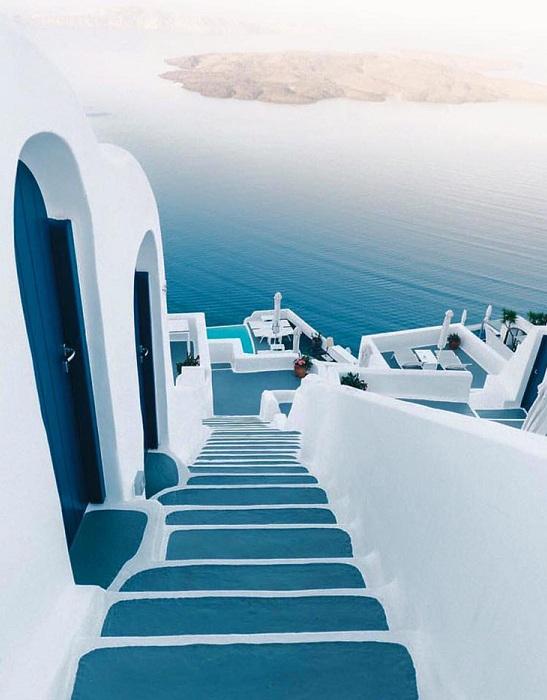 Номера-люкс в отеле Hotel Andronikos. Экстерьер.