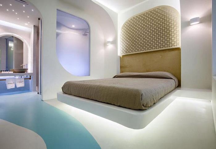 Номер-люкс в отеле Hotel Andronikos. Спальня.