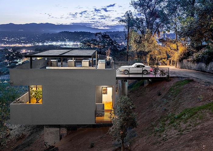 Car Park House - дом с гаражом на крыше.
