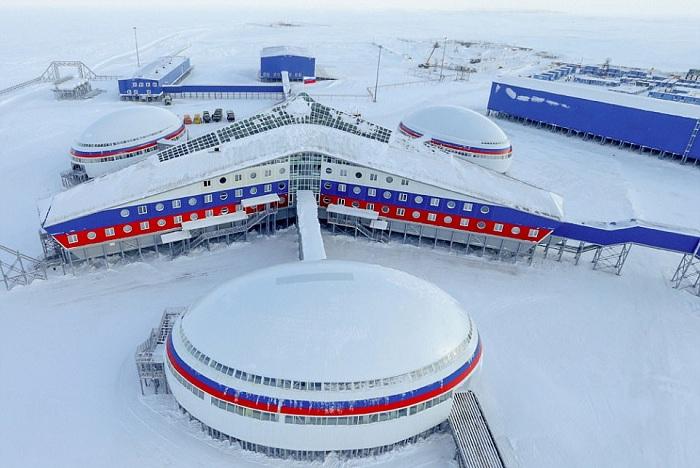 «Арктический трилистник»- российская военная база в Северном Ледовитом океане.