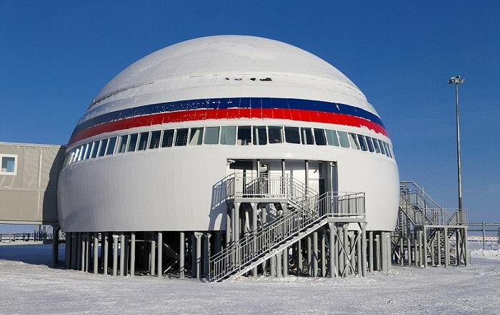 Российская военная база в арктике.
