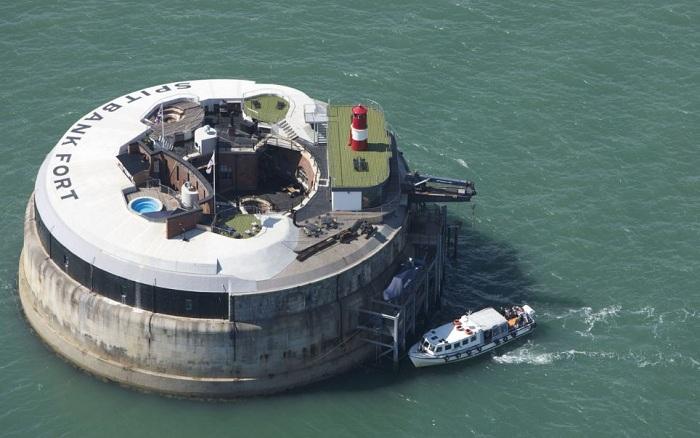 Отель Spitbank Fort Sea Hotel (Великобритания).