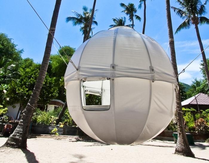 Cocoon Tree Tent - сферическая палатка, которая крепится на дереве.