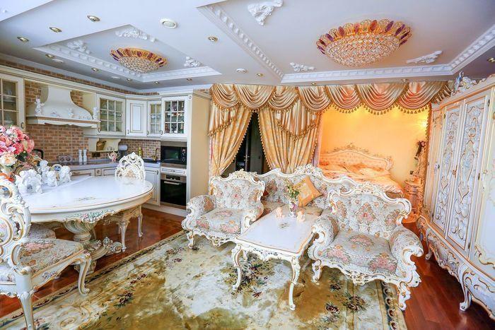 Однокомнатная квартира в стиле барокко.