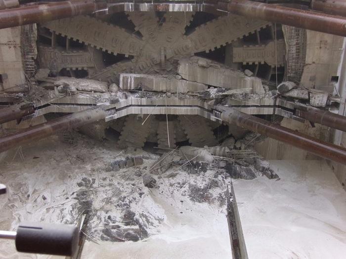 «Берта» на финальном этапе прокладывания туннеля.