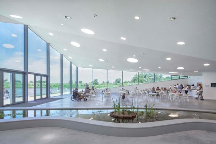 Новый корпус музея Biesbosch в Нидерландах.