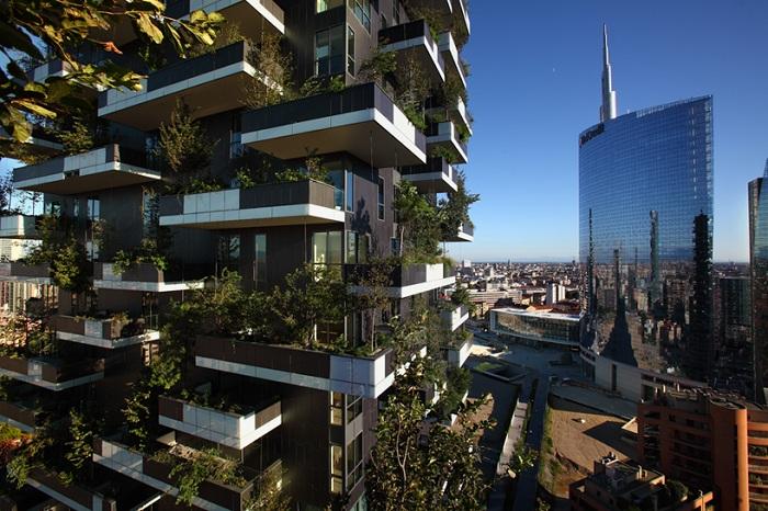 «Bosco Verticale» - жилой комплекс с «зеленым» фасадом.