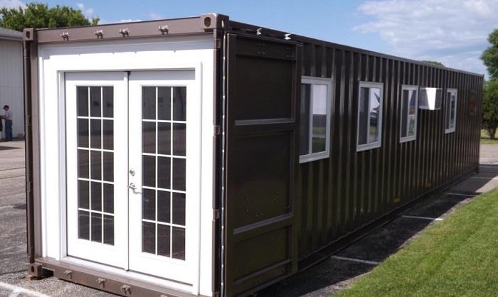 На Amazon можно приобрести вот такой дом-контейнер.