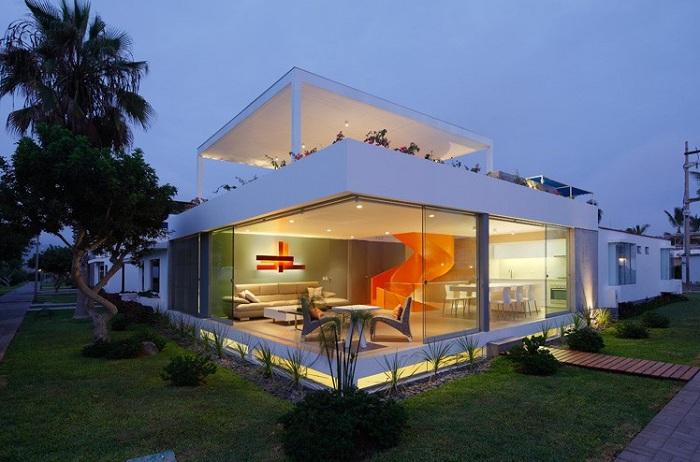 Casa Blanca - дом с прозрачным фасадом.