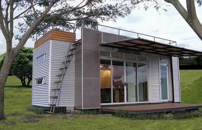 Casa Cubica - дом из контейнера площадью 14,5 кв. метров.