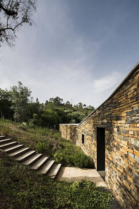 Архитекторский проект студии Camarim Arquitectos.