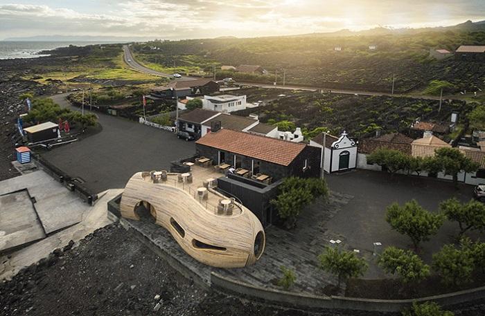 Архитекторский проект фирмы FCC Arquitectura и дизайнера Paulo Lobo.