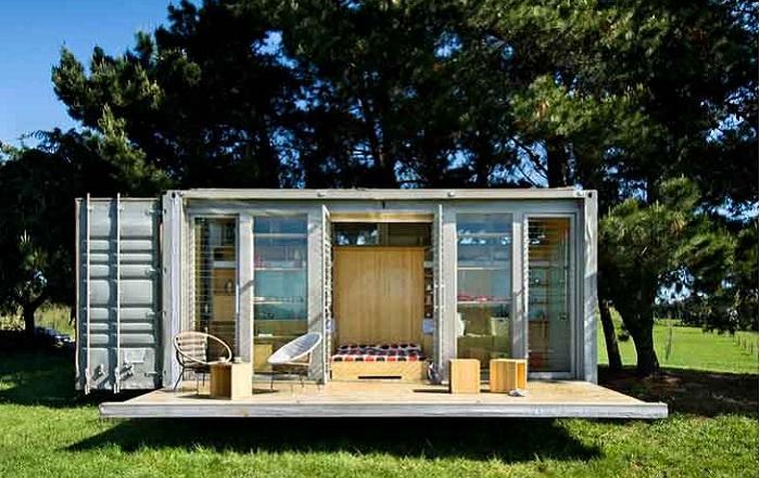 Контейнерный домик студии Port-a-bach.